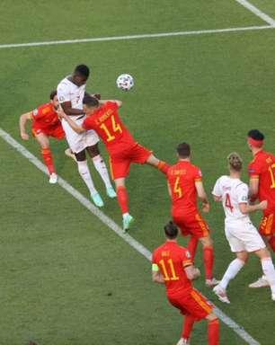 Suíça joga melhor, mas fica só no empate contra o País de Gales