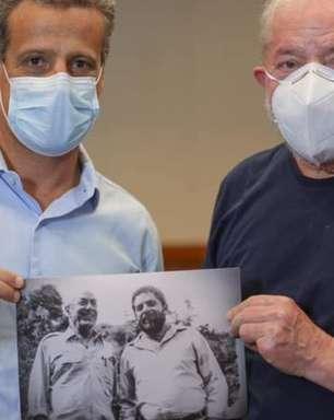 Apesar das críticas, Lula diz que 'jamais trataremos PDT como inimigo'