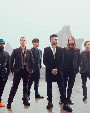 Mulher de Adam Levine vira sereia em clipe do Maroon 5