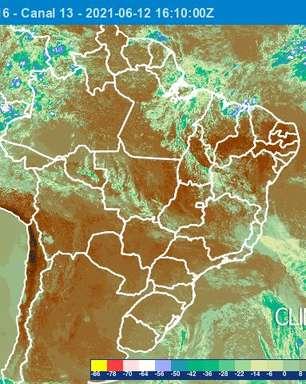 Instabilidade aumenta e volta a chover em Salvador