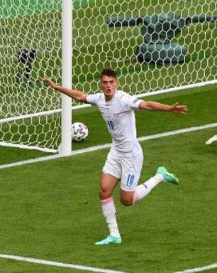 Com gol épico, República Tcheca derrota Escócia pela Eurocopa