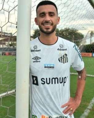 Santos anuncia contratação do volante Camacho, ex-Corinthians