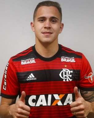 Flamengo recebe proposta por Piris da Motta e paraguaio avalia ida para o Japão