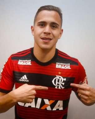 Flamengo recebe oferta de clube japonês por Piris da Motta