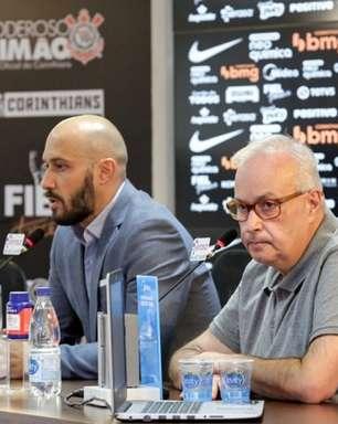 Saídas de atletas podem abrir espaço para contratações no Corinthians