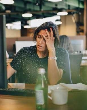 6 maneiras de descobrir quais integrantes da sua equipe precisam de ajuda para lidar com a ansiedade