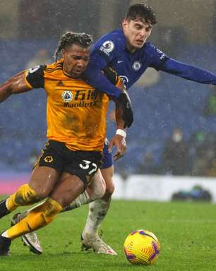 Leeds busca contratação de atacante da seleção espanhola