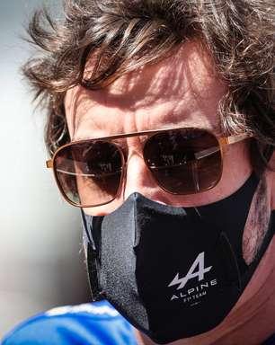 """Prost nega surpresa com dificuldades de Alonso e lembra 1993: """"Fiquei perdido"""""""