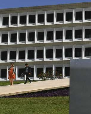 """CPI ouve auditor do TCU responsável por """"relatório paralelo"""""""