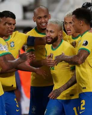 Brasil goleia Peru por 4 x 0 e lidera grupo na Copa América
