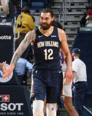 Rumores - Pelicans vai tentar trocar Bledsoe e Adams