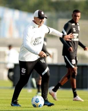 Sem os titulares contra o Bragantino e com atletas da base, Corinthians treina visando o Bahia