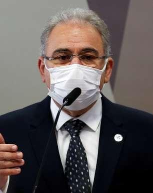 Após subestimação, Queiroga buscou mais vacinas do Covax