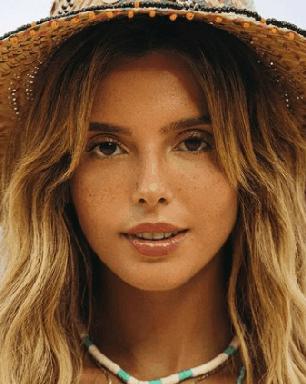 Giovanna Lancellotti revela razão de ter recebido vacina contra Covid em Fernando de Noronha