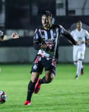 Mozart explica substituições e reforça que expulsão modificou esquema na derrota do Cruzeiro