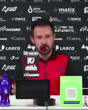 """VITÓRIA: Ramon ressalta espaço para evolução do time após vitória contra o Brusque: """"jogamos contra um grande adversário"""""""
