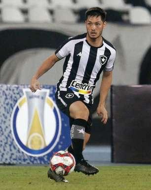 Oyama é um dos trunfos para que o Botafogo consiga se 'encaixar' de vez