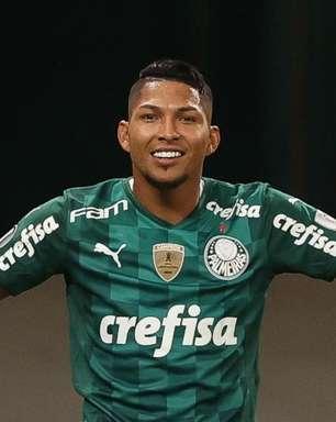 Palmeiras e Rony acertam renovação do atacante até 2025
