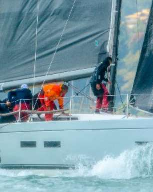 Barcos locais e de Ubatuba lideram a 1ª etapa do Circuito de Vela Oceânica em Ilhabela (SP)