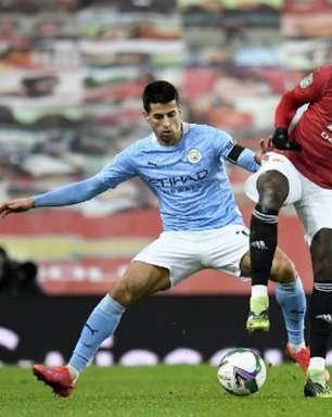 Paul Pogba pode se tornar jogador mais bem pago da Premier League