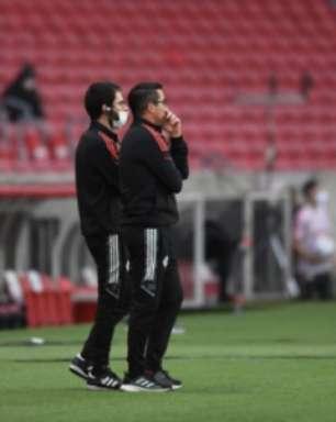 VÍDEO: 'Seca' de gols com bola rolando no Inter é comentada por Osmar Loss