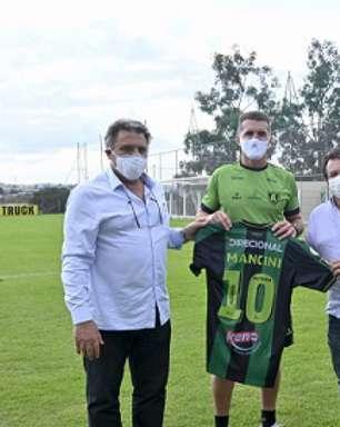 Wagner Mancini é apresentado no América-MG com a missão de tirar a equipe do Z4 do Brasileirão