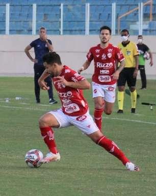 Na Série B, Confiança se recupera batendo o Vila Nova em Aracaju