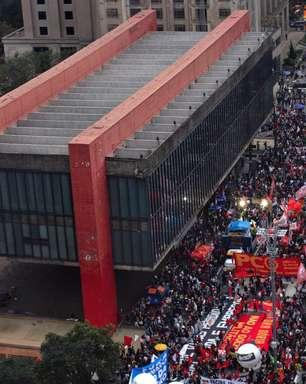 Oposição marca novos atos anti-Bolsonaro e tenta impeachment