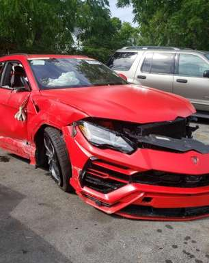 Lamborghini Urus destruído está à venda por US$ 850