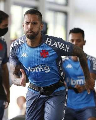 Romulo, do Vasco, testa positivo para Covid-19 e não enfrenta o Cruzeiro pela Série B do Brasileirão