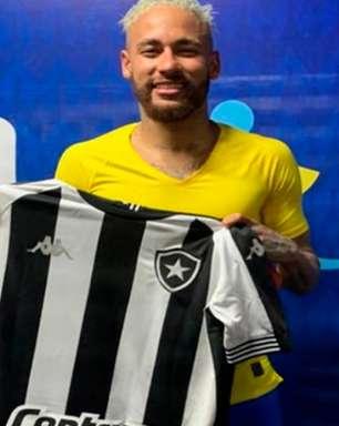 Neymar recebe camisa do Botafogo após Brasil e Colômbia no Estádio Nilton Santos