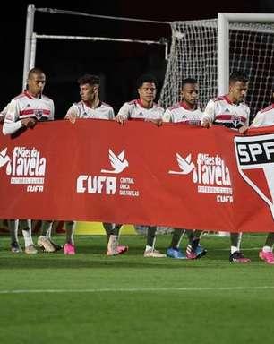 São Paulo e CUFA se unem em campanha contra a fome; time entrou com faixa da ação contra o Cuiabá