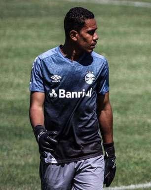 Goleiro vive expectativa de estreia pelo Grêmio no Brasileirão Sub-20