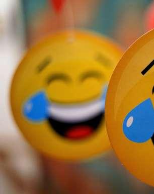 Como nasceu o KKKKKKKK da geração Z e por que emoji de risada é coisa de gente velha