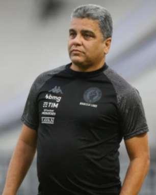 Cabo lamenta derrota do Vasco para o Cruzeiro: 'Até a expulsão, a gente estava bem organizado no jogo'