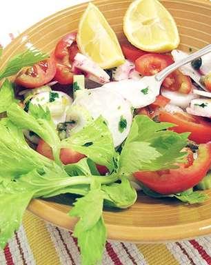Salada de rabanetes e alcaparras
