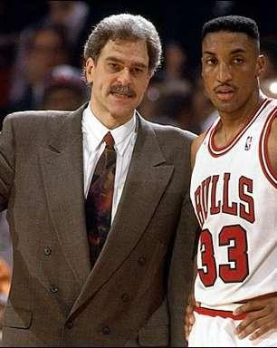 Em entrevista, Pippen chama Phil Jackson de racista