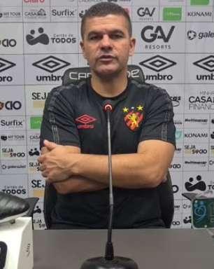 """SPORT: Umberto Louzer analisa empate sem gols contra o Cuiabá e justifica desistência na formação com três zagueiros: """"Queria ter um homem a mais no meio-campo"""""""