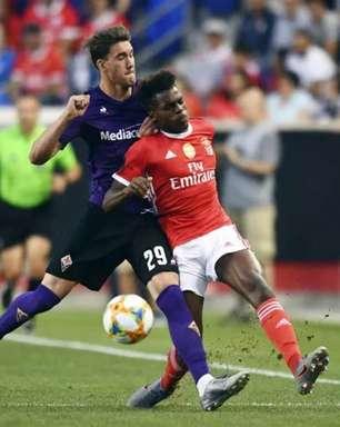 Arsenal mira a contratação de lateral esquerdo que treinou com Jorge Jesus