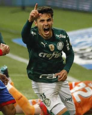 Em grande jogo, Palmeiras supera o Bahia nos acréscimos