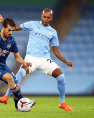 Manchester City anuncia renovação com Fernandinho até 2022