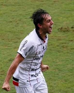 Volante Xavier valoriza força do elenco do Joinville