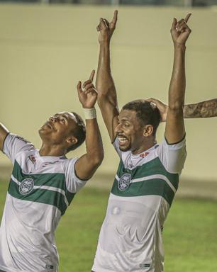 Coritiba derrota Confiança fora de casa e encosta na liderança da Série B