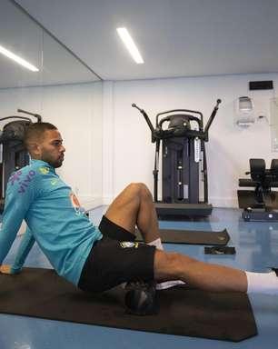 Médico descarta chance de Renan Lodi ser cortado da seleção
