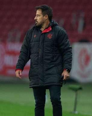 Ramon Menezes apresenta desempenho abaixo do esperado no Vitória