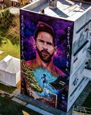 Messi ganha mural em frente à escola de sua infância