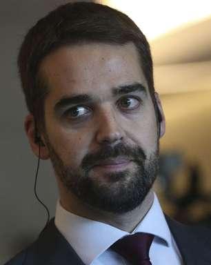 Eduardo Leite lança campanha diz que não é candidato a mito