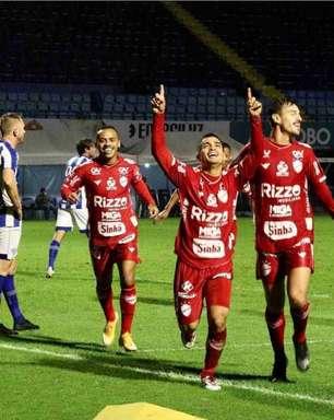 Titular do Vila Nova-GO, Renan Mota quer boa sequência da equipe em 2021