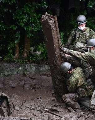 Mais de 20 pessoas permanecem desaparecidas após deslizamento de terra no Japão