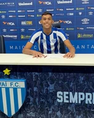 De contrato assinado, Juninho fala sobre chegada ao Avaí: 'Me sinto em casa'